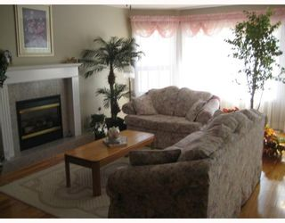 """Photo 6: 2750 BELL Place in Prince George: Charella/Starlane House for sale in """"CHARELLA"""" (PG City South (Zone 74))  : MLS®# N195328"""