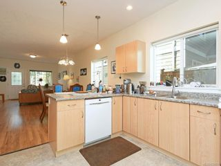 Photo 4: 7026 Wright Rd in Sooke: Sk Whiffin Spit House for sale : MLS®# 820031