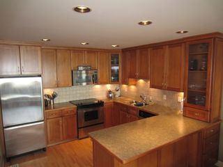 """Photo 3: 61 2212 FOLKESTONE Way in West Vancouver: Panorama Village Condo for sale in """"PANORAMA VILLAGE"""" : MLS®# R2072675"""
