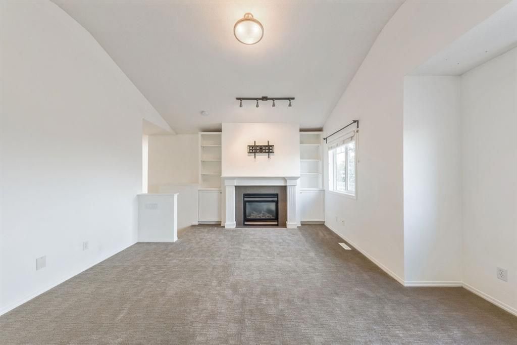 Photo 19: Photos: 53 Bridleridge Heights SW in Calgary: Bridlewood Detached for sale : MLS®# A1129360