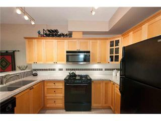 """Photo 8: 2626 YUKON Street in Vancouver: Mount Pleasant VW Condo for sale in """"TURNBULL'S WATCH"""" (Vancouver West)  : MLS®# V1085425"""
