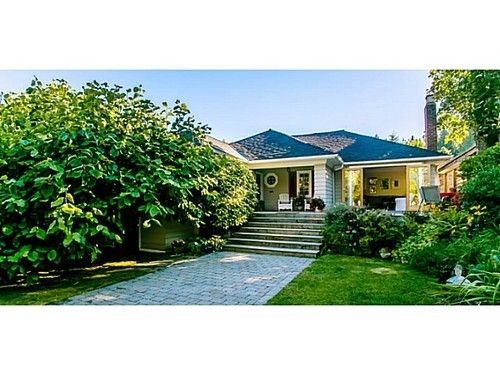 Main Photo: 6478 BAY Street in West Vancouver: Home for sale : MLS®# V1024837