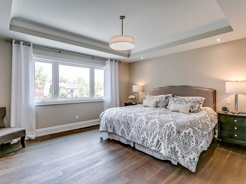 Photo 19: Photos: 2226 COURTLAND Drive in Burlington: Residential for sale : MLS®# H4062761