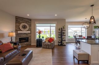 Photo 7: 2255 Forest Grove Dr in : CR Campbell River West House for sale (Campbell River)  : MLS®# 876456