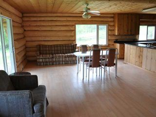 Photo 5: 7680 WEST FRASER Road in Quesnel: Quesnel Rural - South House for sale (Quesnel (Zone 28))  : MLS®# N218963