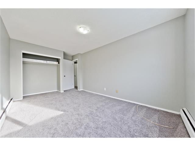 Photo 27: Photos: 118 3809 45 Street SW in Calgary: Glenbrook House for sale : MLS®# C4096404