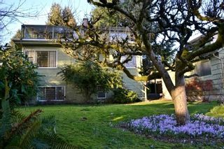 Photo 3: 2468 LAWSON AVE in West Vancouver: Dundarave House for sale : MLS®# R2034624