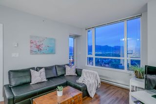 "Photo 3: 1406 4028 KNIGHT Street in Vancouver: Knight Condo for sale in ""KING EDWARD VILLAGE"" (Vancouver East)  : MLS®# R2206936"