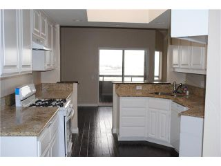 Photo 2: SAN DIEGO Townhouse for sale : 2 bedrooms : 3450 Columbia