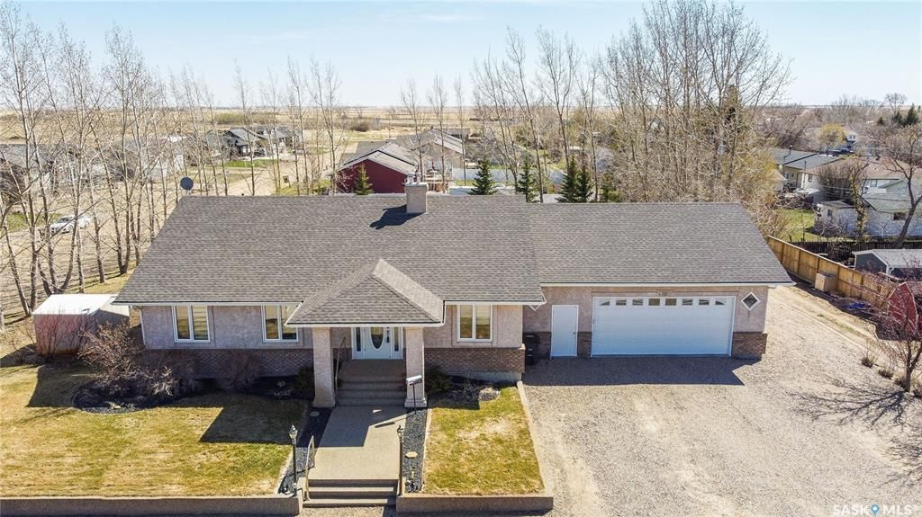 Main Photo: 927 Central Avenue in Bethune: Residential for sale : MLS®# SK854170