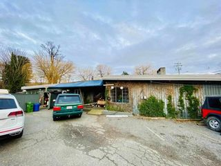 Photo 2: 46031 AIRPORT Road in Chilliwack: Chilliwack E Young-Yale House for sale : MLS®# R2575144