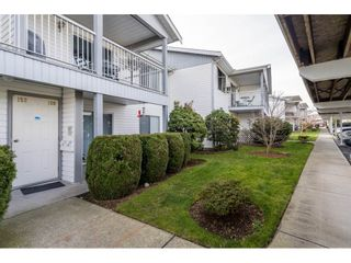 """Photo 2: 152 32691 GARIBALDI Drive in Abbotsford: Abbotsford West Townhouse for sale in """"Carriage Lane"""" : MLS®# R2551184"""