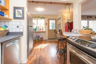 Photo 15: 102 156 St. Lawrence St in : Vi James Bay Row/Townhouse for sale (Victoria)  : MLS®# 884990