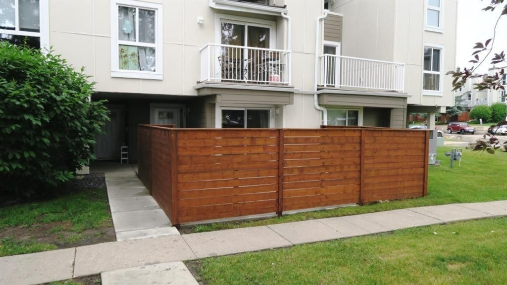Main Photo: 1311 13104 Elbow Drive SW in Calgary: Canyon Meadows Row/Townhouse for sale : MLS®# A1127146
