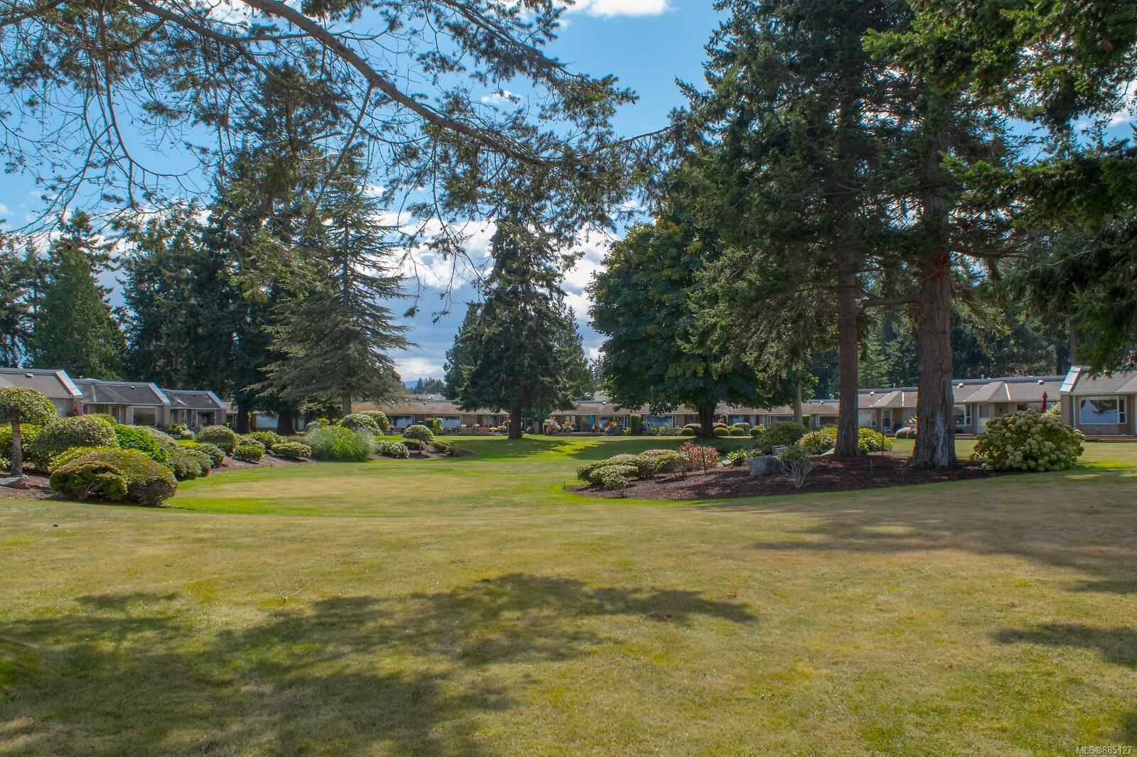 Photo 54: Photos: 26 529 Johnstone Rd in : PQ French Creek Row/Townhouse for sale (Parksville/Qualicum)  : MLS®# 885127