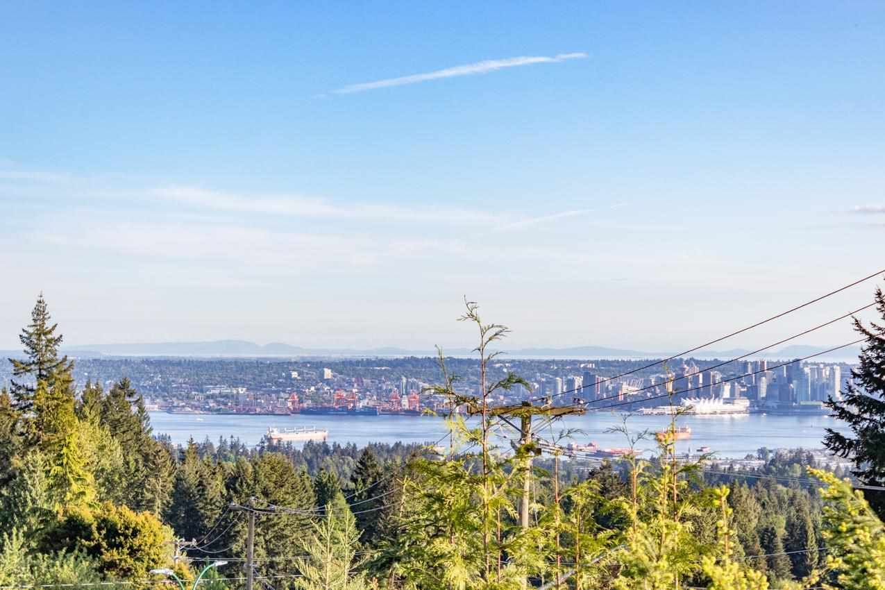 Photo 12: Photos: 385 MONTERAY Avenue in North Vancouver: Upper Delbrook House for sale : MLS®# R2582994