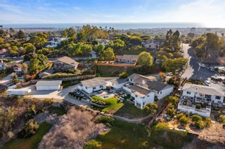 Photo 5: CARLSBAD WEST House for sale : 5 bedrooms : 3800 Alder Ave in Carlsbad