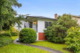 Photo 1: 1260 E 33RD Avenue in Vancouver: Knight House for sale (Vancouver East)  : MLS®# R2575951