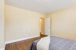 Photo 11: 8023 10 Street SW in Calgary: Chinook Park Detached for sale : MLS®# A1009361