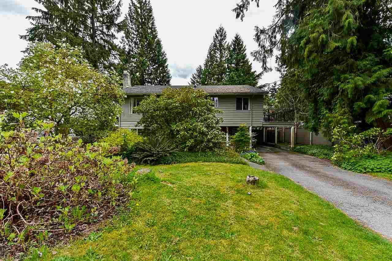 Main Photo: 2668 PATRICIA Avenue in Port Coquitlam: Woodland Acres PQ House for sale : MLS®# R2573582