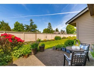 """Photo 30: 117 15121 19 Avenue in Surrey: Sunnyside Park Surrey Townhouse for sale in """"Orchard Park"""" (South Surrey White Rock)  : MLS®# R2459798"""