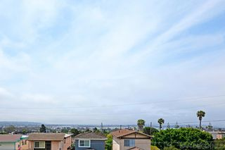 Photo 33: PACIFIC BEACH House for sale : 5 bedrooms : 2409 Geranium in San Diego