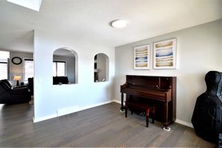 Photo 11: 7476 Springbank Way SW in Calgary: Springbank Hill Detached for sale : MLS®# A1071854