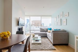 """Photo 5: 2606 1111 ALBERNI Street in Vancouver: West End VW Condo for sale in """"Shangri-La Vancouver"""" (Vancouver West)  : MLS®# R2478466"""
