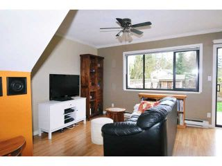 Photo 2: 12102 SCHMIDT CR in Maple Ridge: Northwest Maple Ridge Condo for sale : MLS®# V1055977