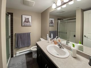 "Photo 11: 210 2038 SANDALWOOD Crescent in Abbotsford: Central Abbotsford Condo for sale in ""The Element"" : MLS®# R2573800"