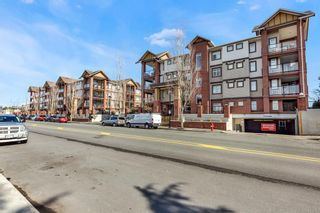 "Photo 2: 112 5650 201A Street in Langley: Langley City Condo for sale in ""Paddington Station"" : MLS®# R2548743"
