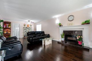 Photo 2: 5756 ST. MARGARETS Street in Vancouver: Killarney VE House for sale (Vancouver East)  : MLS®# R2501087