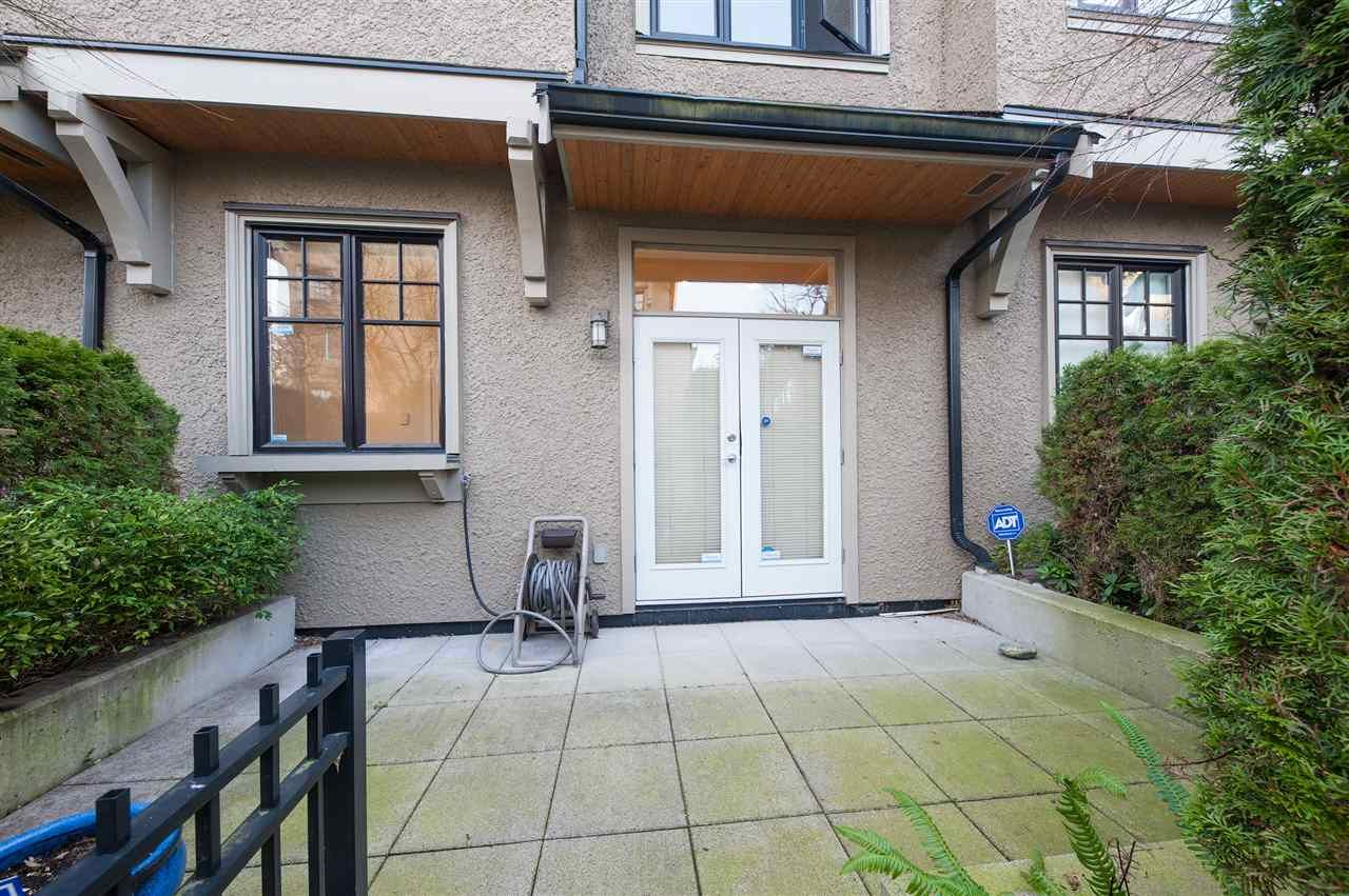 Photo 10: Photos: 991 W 38TH AVENUE in Vancouver: Cambie Townhouse for sale (Vancouver West)  : MLS®# R2350357