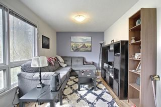 Photo 5: 606 30 Avenue NE in Calgary: Winston Heights/Mountview Detached for sale : MLS®# A1106837