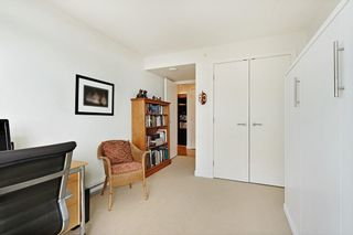 """Photo 23: 1607 1455 GEORGE Street: White Rock Condo for sale in """"Avra"""" (South Surrey White Rock)  : MLS®# R2614637"""