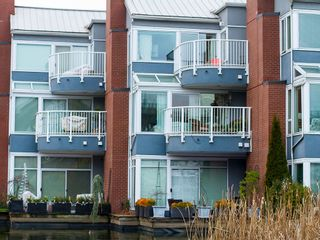 """Photo 30: 1592 ISLAND PARK Walk in Vancouver: False Creek Townhouse for sale in """"LAGOONS"""" (Vancouver West)  : MLS®# V1099043"""