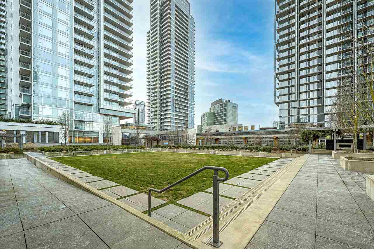 Main Photo: 1003 4688 KINGSWAY in Burnaby: Metrotown Condo for sale (Burnaby South)  : MLS®# R2534666