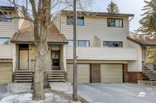 Photo 2: 53 3302 50 Street NW in Calgary: Varsity Row/Townhouse for sale : MLS®# A1088935