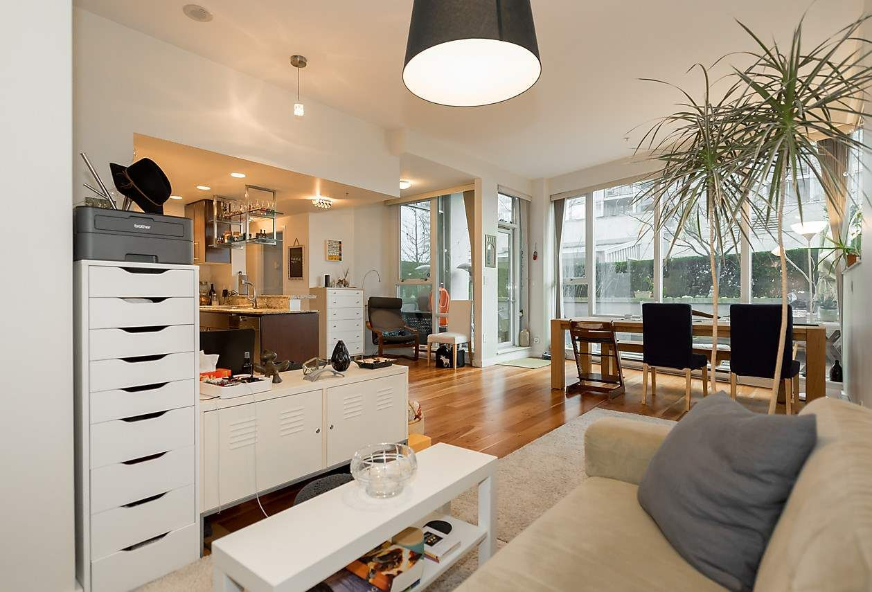 Photo 3: Photos: 101 550 PACIFIC STREET in Vancouver: Yaletown Condo for sale (Vancouver West)  : MLS®# R2135821