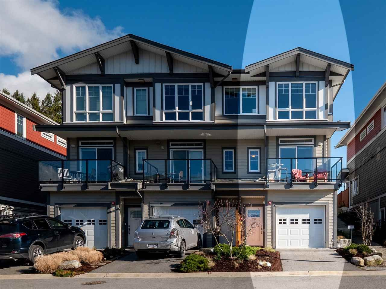 "Main Photo: 5978 OLDMILL Lane in Sechelt: Sechelt District Townhouse for sale in ""EDGEWATER"" (Sunshine Coast)  : MLS®# R2524151"