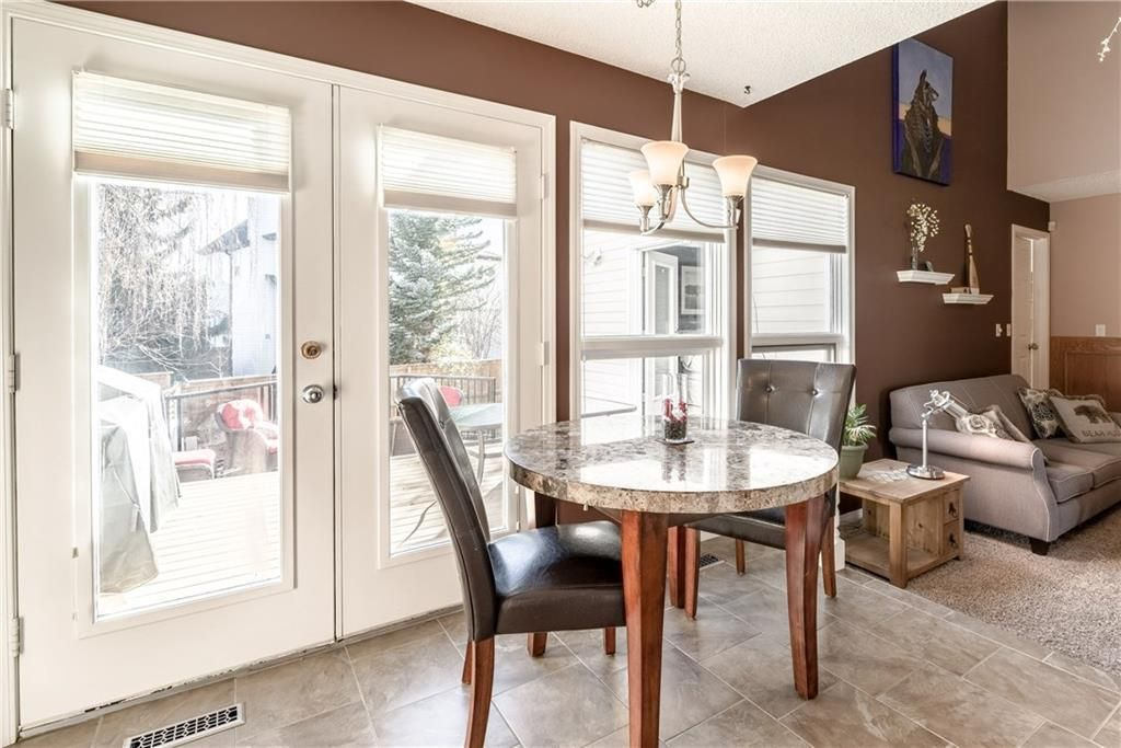 Photo 13: Photos: 248 WOOD VALLEY Bay SW in Calgary: Woodbine Detached for sale : MLS®# C4211183