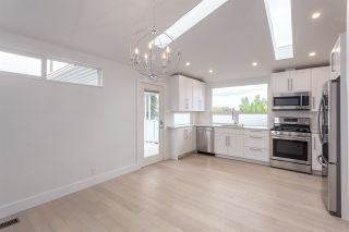 Photo 5: 2026 CHARLES Street in Vancouver: Grandview VE House for sale (Vancouver East)  : MLS®# R2103158