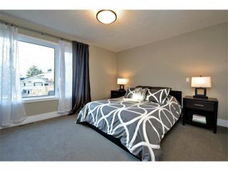 Photo 15: 931 33 Street NW in Calgary: Parkdale House for sale : MLS®# C4003919