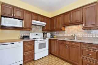 Photo 6: 3323 NAPIER Street in Vancouver: Renfrew VE House for sale (Vancouver East)  : MLS®# R2109951