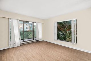"""Photo 3: 215 2222 PRINCE EDWARD Street in Vancouver: Mount Pleasant VE Condo for sale in """"Sunrise on the Park"""" (Vancouver East)  : MLS®# R2512276"""