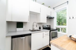 Photo 10: 220 Queen Street in Winnipeg: St James House for sale (5E)  : MLS®# 1823356