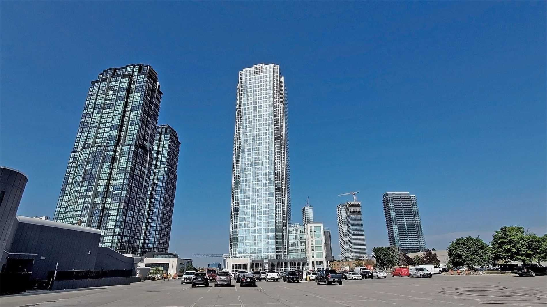 Main Photo: 2810 2908 Highway 7 Road in Vaughan: Concord Condo for lease : MLS®# N5129516