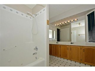Photo 13: 44 SAN DIEGO Green NE in CALGARY: Monterey Park Residential Detached Single Family for sale (Calgary)