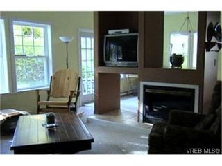 Photo 3:  in VICTORIA: VR Six Mile Row/Townhouse for sale (View Royal)  : MLS®# 419844