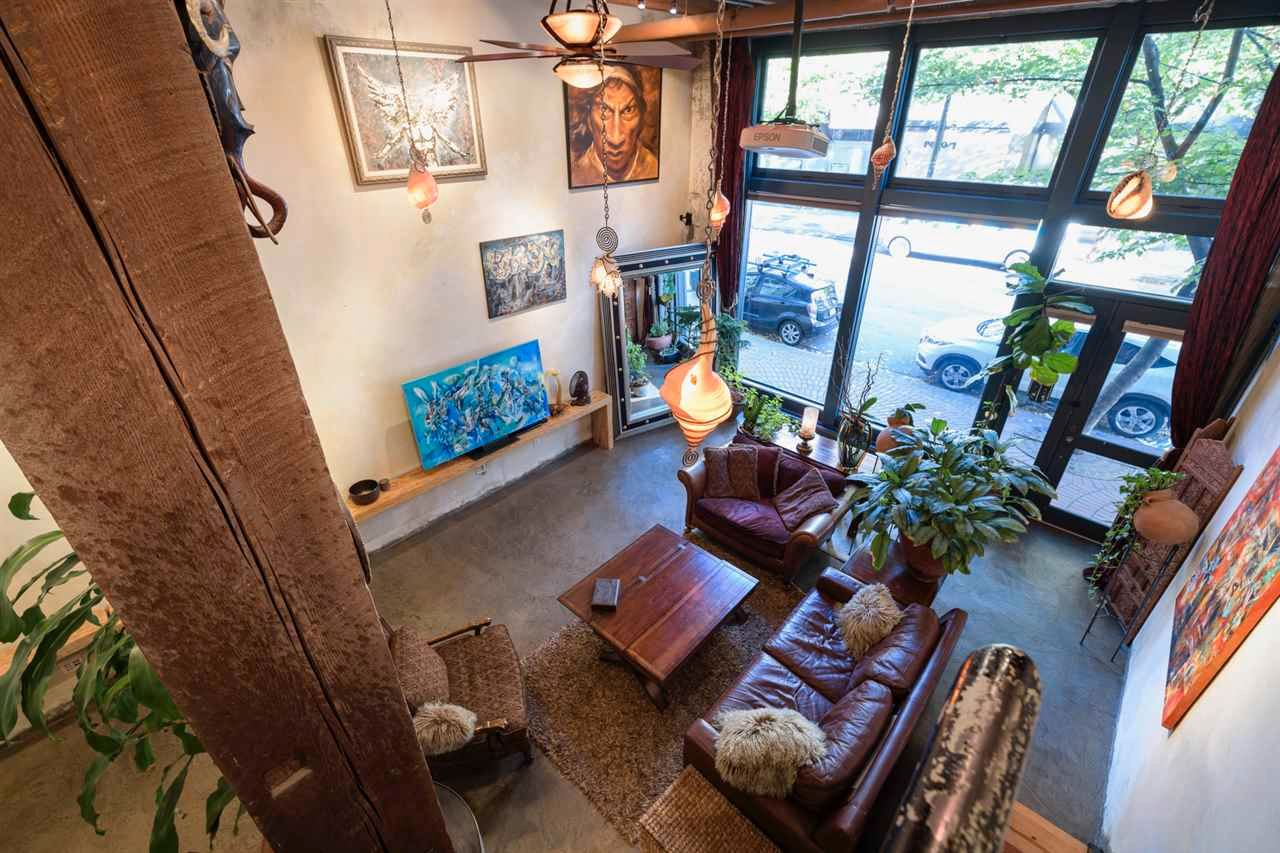 """Main Photo: 273 COLUMBIA Street in Vancouver: Downtown VE Retail for sale in """"Koret Lofts"""" (Vancouver East)  : MLS®# C8037891"""